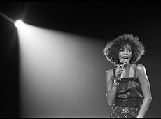 UNITED KINGDOM - MAY 05:  WEMBLEY ARENA  Photo of Whitney HOUSTON, Whitney Houston performing on stage  (Photo by David Corio/Redferns)